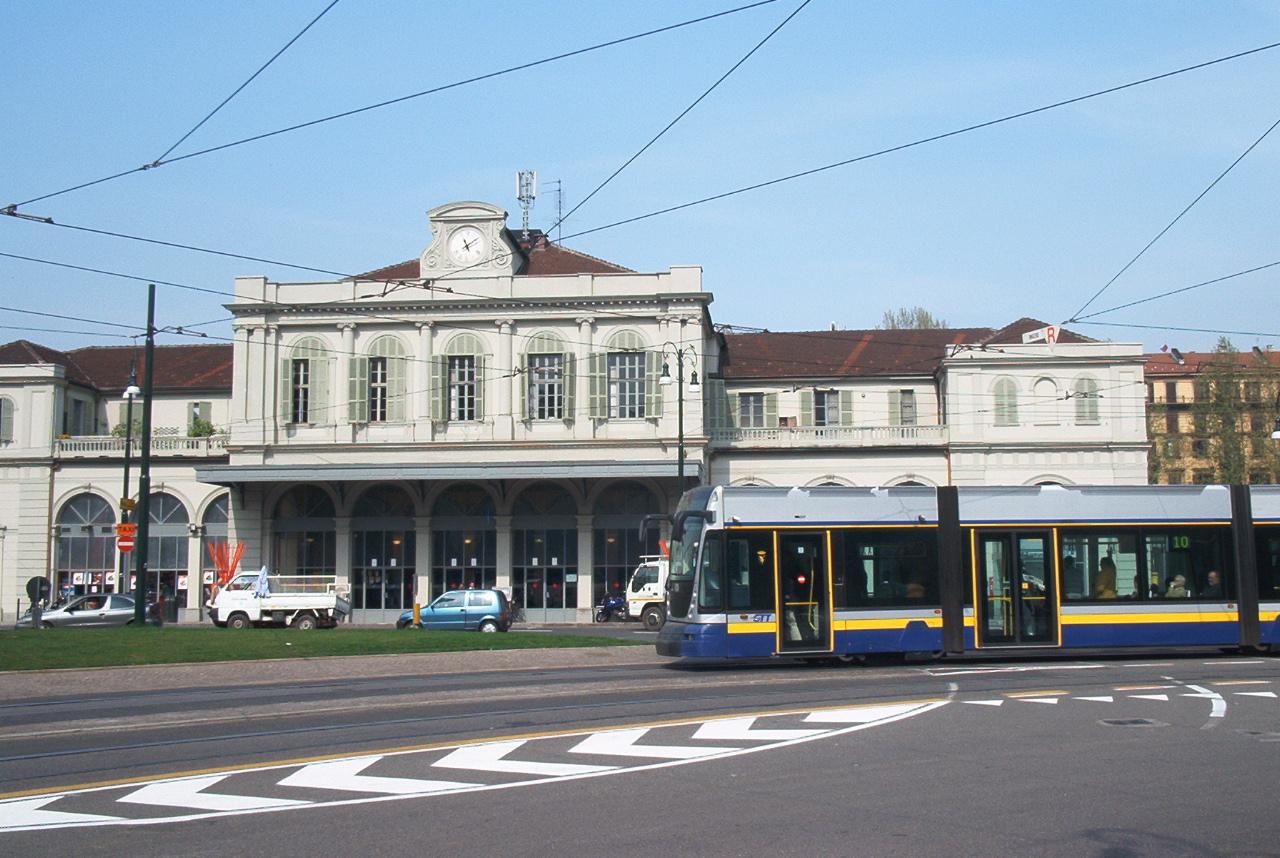Mondo tram torino in tram il tram in citt - Treni torino porta susa ...