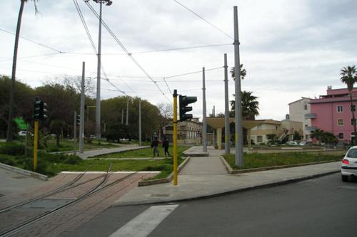 [IMG]http://www.mondotram.it/tram-cinema/images/Sassari03Sm.jpg[/IMG]
