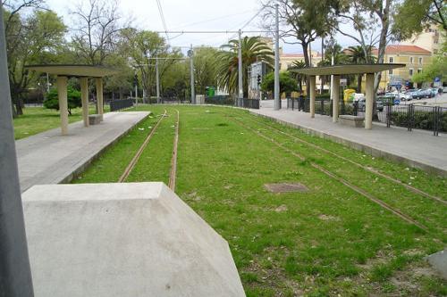 [IMG]http://www.mondotram.it/tram-cinema/images/Sassari06Sm.jpg[/IMG]